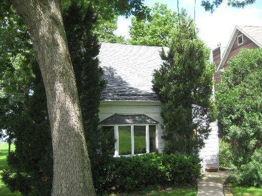 528 Circle Drive, Fox Lake, IL 60020 (MLS #09981384) :: Ani Real Estate
