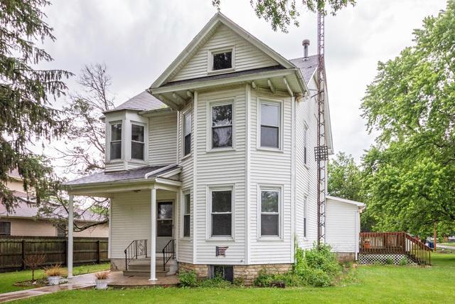 321 E Jackson Street, Cullom, IL 60929 (MLS #09981830) :: Domain Realty