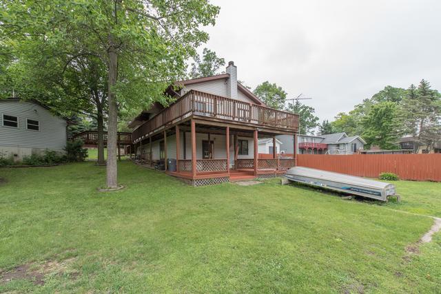 27543 W Ashland Avenue, Spring Grove, IL 60081 (MLS #09982102) :: The Dena Furlow Team - Keller Williams Realty