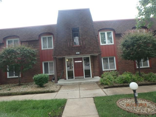 8620 W 95th Street 1A1, Hickory Hills, IL 60457 (MLS #09982281) :: The Wexler Group at Keller Williams Preferred Realty