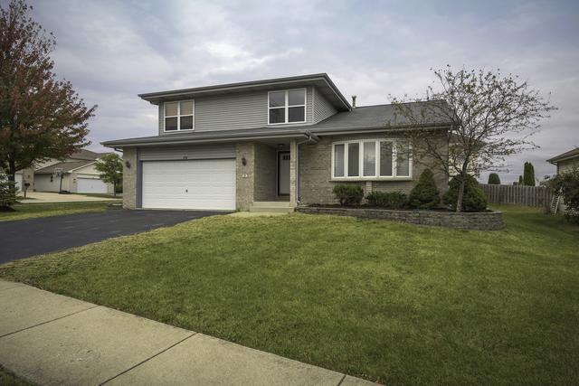 434 Victoria Lane, Glendale Heights, IL 60139 (MLS #09983289) :: Ani Real Estate