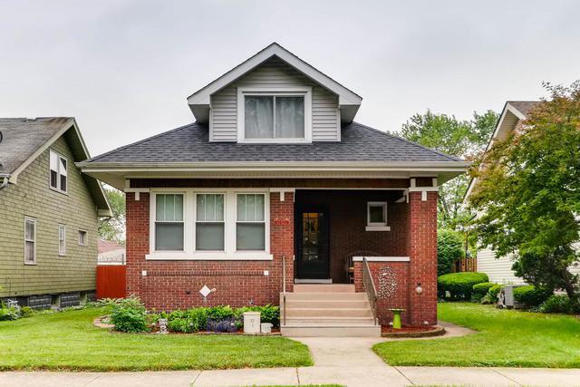 12528 Elm Street, Blue Island, IL 60406 (MLS #09983533) :: Ani Real Estate