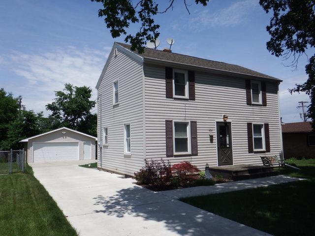 434 Theodore Street, Loves Park, IL 61111 (MLS #09983699) :: The Dena Furlow Team - Keller Williams Realty