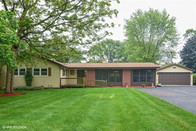 2200 Heron Court, Rolling Meadows, IL 60008 (MLS #09983902) :: The Dena Furlow Team - Keller Williams Realty