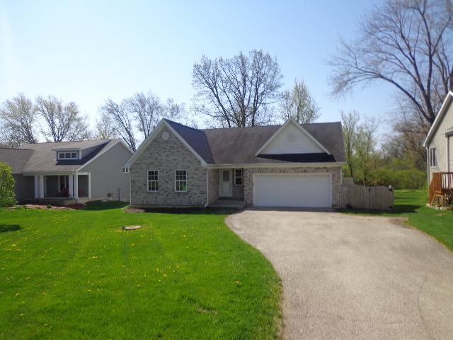 4003 E Solon Road, Richmond, IL 60071 (MLS #09984067) :: Ani Real Estate