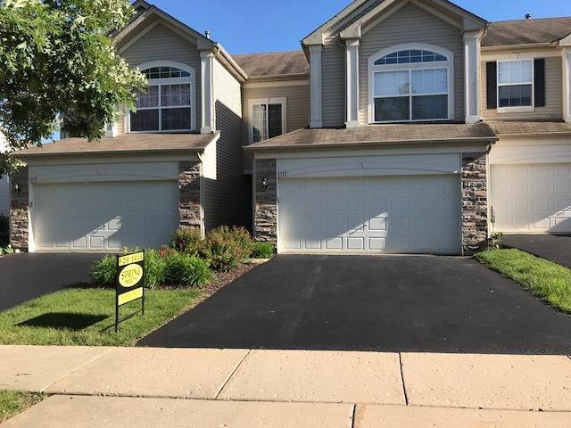 1715 Fieldstone Drive S #1715, Shorewood, IL 60404 (MLS #09984589) :: The Wexler Group at Keller Williams Preferred Realty
