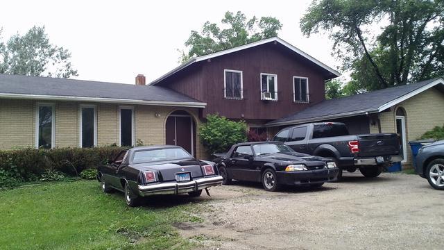 5N750 N Gary Avenue, Bloomingdale, IL 60108 (MLS #09984728) :: Ani Real Estate