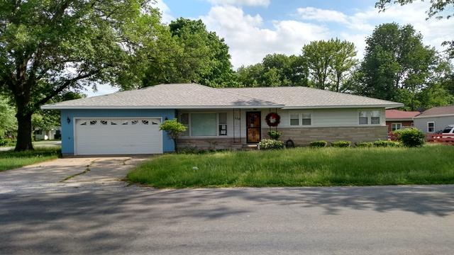 509 E Northline Road, Tuscola, IL 61953 (MLS #09984842) :: Littlefield Group