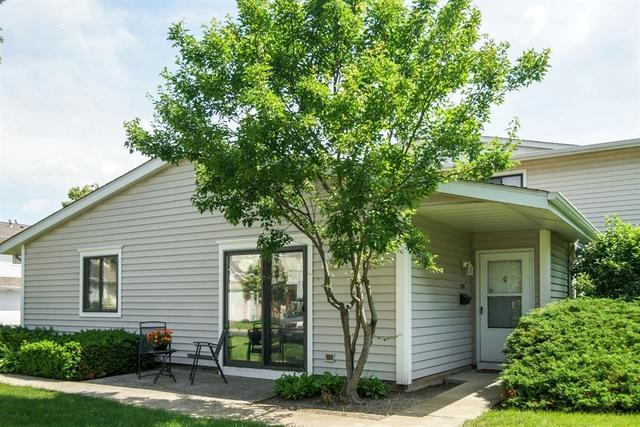 709 Whitesail Drive #0, Schaumburg, IL 60194 (MLS #09985112) :: Ani Real Estate