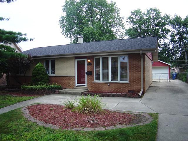 13131 Fairway Drive, Crestwood, IL 60418 (MLS #09985335) :: Ani Real Estate