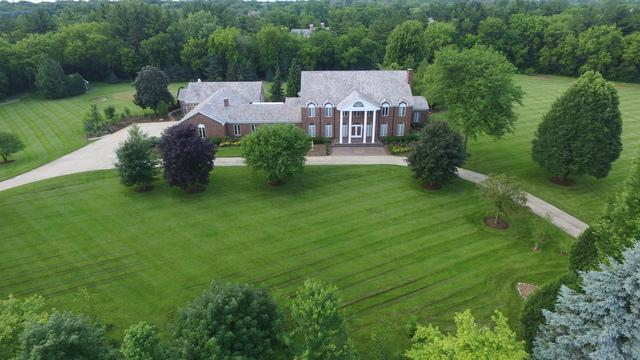6 Creekside Lane, Barrington Hills, IL 60010 (MLS #09985756) :: The Jacobs Group