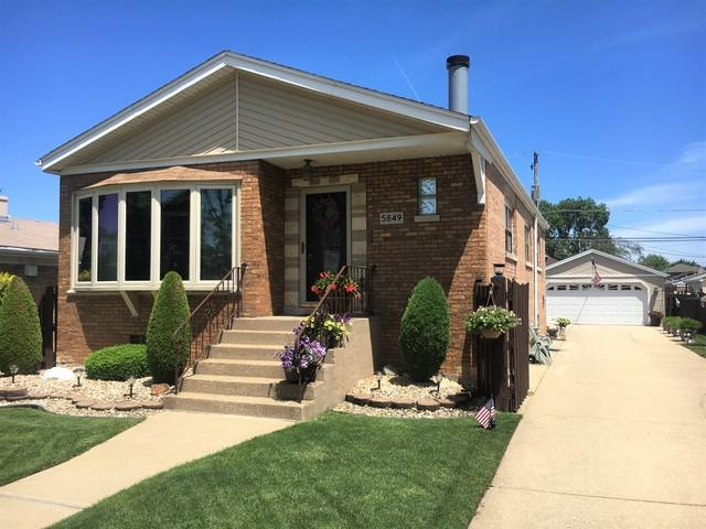 5849 S Rutherford Avenue, Chicago, IL 60638 (MLS #09985979) :: Lewke Partners