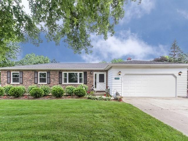 1920 Rivers Drive, Sycamore, IL 60178 (MLS #09986270) :: Lewke Partners