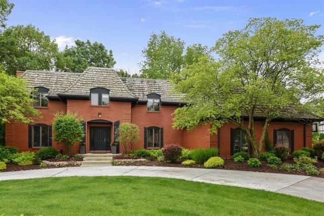 2 Regent Court, Burr Ridge, IL 60527 (MLS #09986378) :: The Wexler Group at Keller Williams Preferred Realty