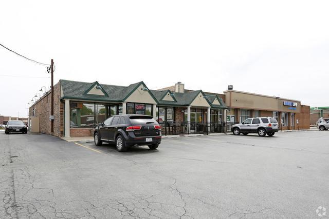 13447 Cicero Avenue, Crestwood, IL 60418 (MLS #09986394) :: Ani Real Estate