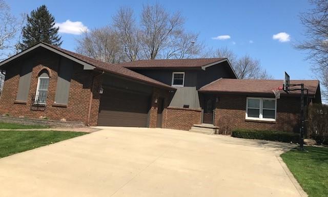 242 W 18th Street, Gibson City, IL 60936 (MLS #09986452) :: Ryan Dallas Real Estate