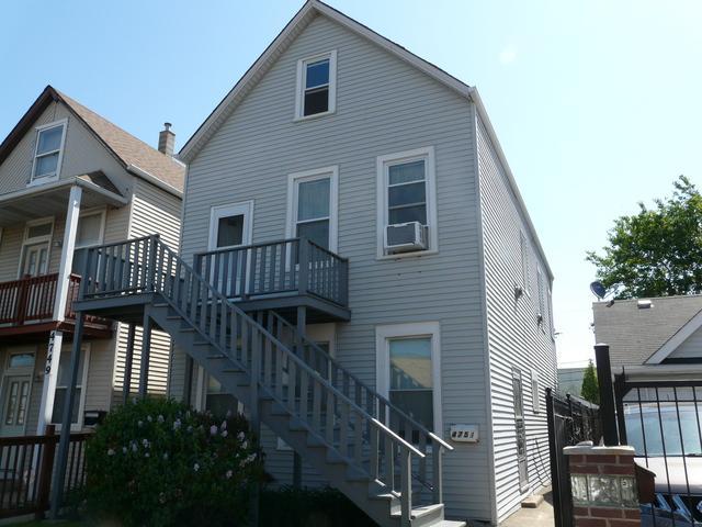 4751 S California Avenue, Chicago, IL 60632 (MLS #09986704) :: Ani Real Estate