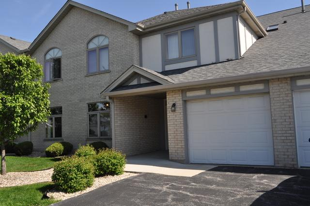 18327 Pine Lake Court #2, Tinley Park, IL 60477 (MLS #09986820) :: The Wexler Group at Keller Williams Preferred Realty