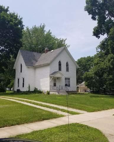 901 W 2nd Street, Rock Falls, IL 61071 (MLS #09986932) :: The Dena Furlow Team - Keller Williams Realty