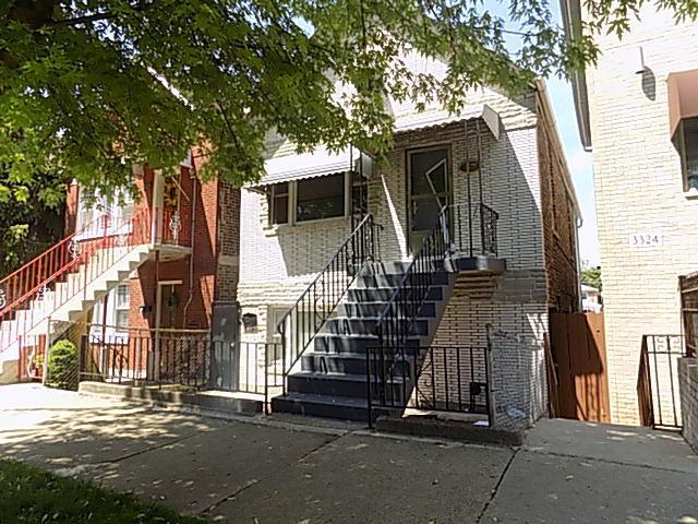 3326 S Carpenter Street, Chicago, IL 60608 (MLS #09987026) :: Lewke Partners