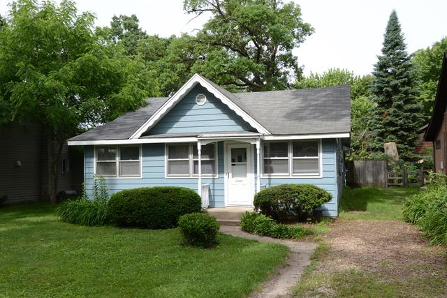 27640 Walnut Street, Island Lake, IL 60042 (MLS #09987223) :: The Dena Furlow Team - Keller Williams Realty
