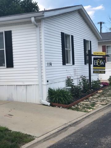 110 Hawthorne Drive, La Grange, IL 60525 (MLS #09987273) :: The Dena Furlow Team - Keller Williams Realty