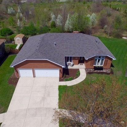 1312 St Charles Drive, Lockport, IL 60441 (MLS #09987567) :: The Wexler Group at Keller Williams Preferred Realty