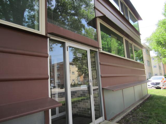 4900 N Lester Avenue #7, Chicago, IL 60630 (MLS #09987822) :: Lewke Partners