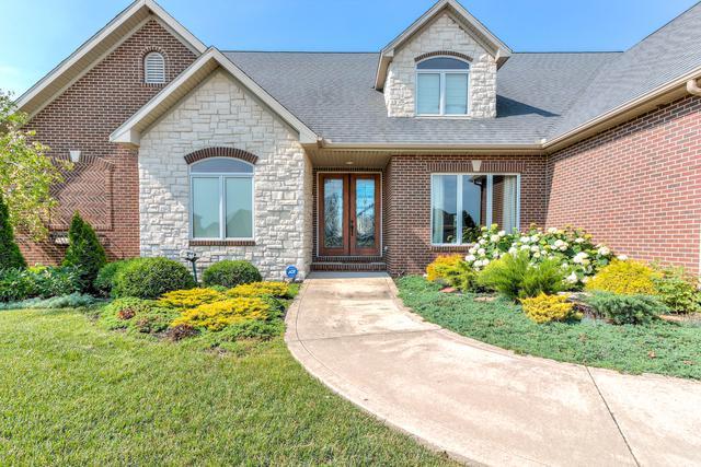 703 Lake Falls Boulevard, Savoy, IL 61874 (MLS #09988003) :: Ryan Dallas Real Estate