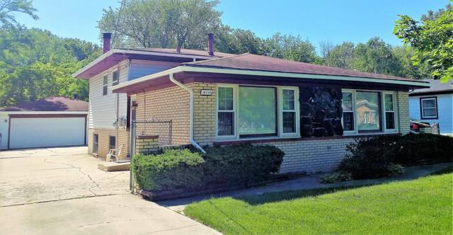16114 Forest Avenue, Oak Forest, IL 60452 (MLS #09988125) :: Lewke Partners