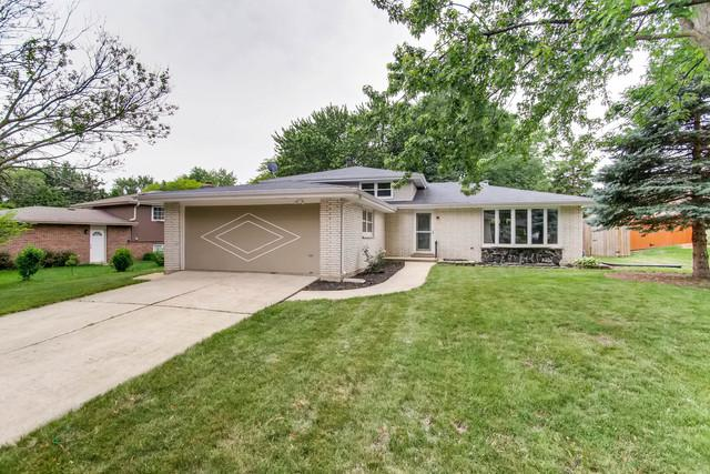 9S344 Cumnor Road, Downers Grove, IL 60516 (MLS #09988314) :: The Wexler Group at Keller Williams Preferred Realty