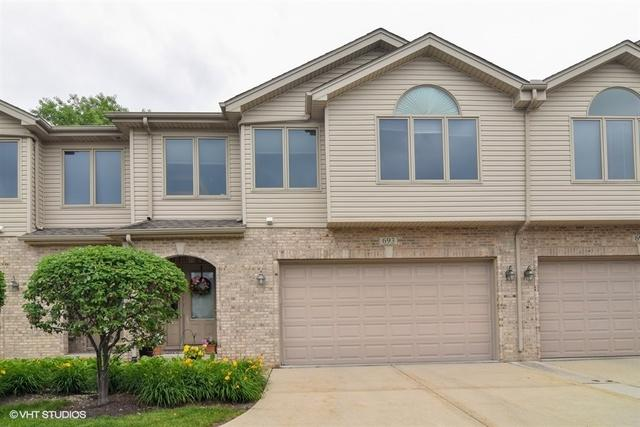 693 E Nerge Road, Roselle, IL 60172 (MLS #09989017) :: Property Consultants Realty
