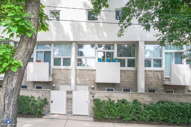 2800 N Talman Avenue P, Chicago, IL 60618 (MLS #09989040) :: Property Consultants Realty
