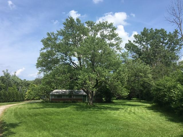 1070 Winwood Drive, Lake Forest, IL 60045 (MLS #09989258) :: The Dena Furlow Team - Keller Williams Realty