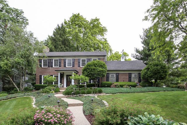 1300 Brookside Lane, Downers Grove, IL 60515 (MLS #09989376) :: The Dena Furlow Team - Keller Williams Realty