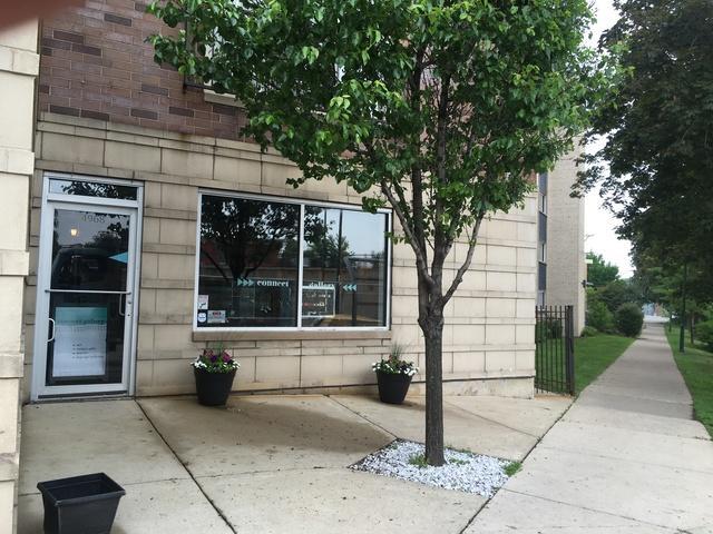 4968 Milwaukee Avenue 1B, Chicago, IL 60630 (MLS #09989532) :: Lewke Partners