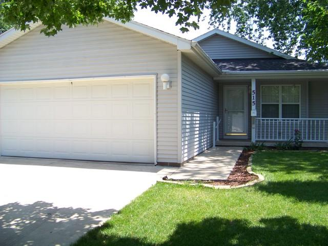 515 S Emerson Street, MONTICELLO, IL 61856 (MLS #09989671) :: Littlefield Group