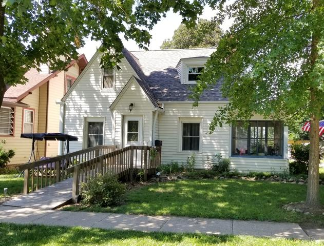 106 E 2nd Street, Prophetstown, IL 61277 (MLS #09989705) :: The Dena Furlow Team - Keller Williams Realty