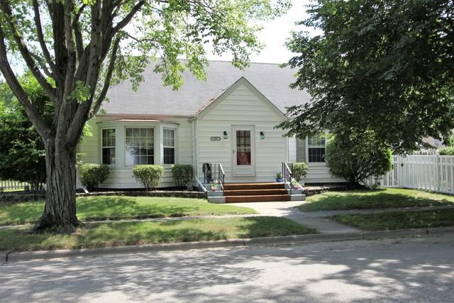 501 S Small Avenue, Kankakee, IL 60901 (MLS #09989733) :: The Dena Furlow Team - Keller Williams Realty