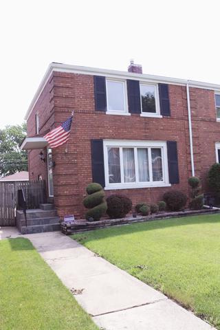 1535 N 23rd Avenue, Melrose Park, IL 60160 (MLS #09989859) :: The Dena Furlow Team - Keller Williams Realty