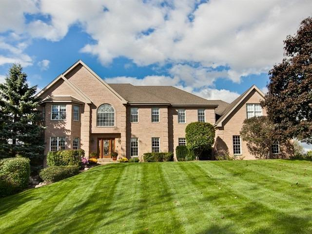 26612 W Leon Drive, Tower Lakes, IL 60010 (MLS #09990266) :: Lewke Partners