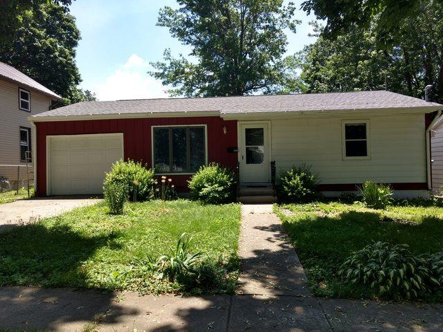 409 W North Street, Polo, IL 61064 (MLS #09990370) :: Ani Real Estate