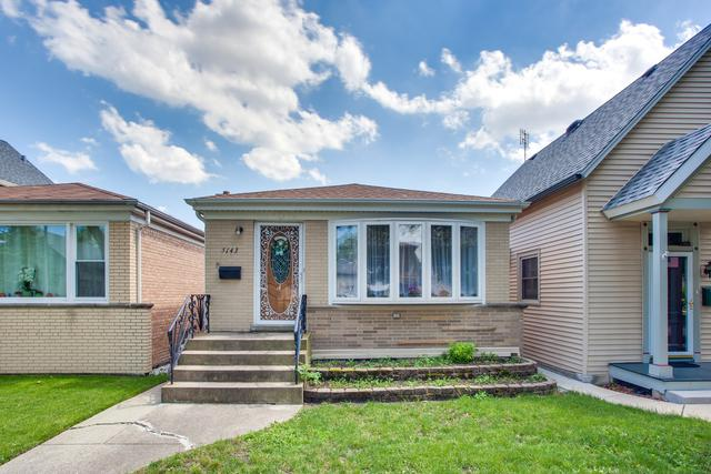 5143 W Ainslie Street, Chicago, IL 60630 (MLS #09990398) :: The Dena Furlow Team - Keller Williams Realty