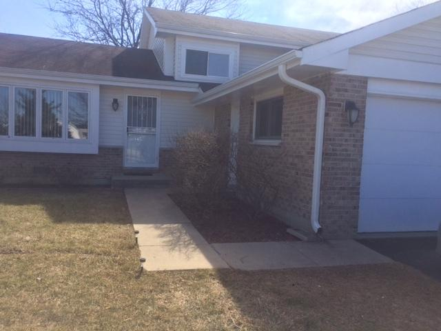 1883 Maple Avenue, Hanover Park, IL 60133 (MLS #09990428) :: The Wexler Group at Keller Williams Preferred Realty