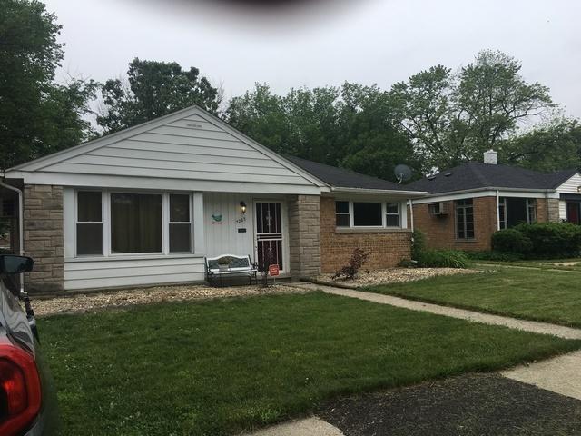 2223 175th Street, Homewood, IL 60430 (MLS #09990805) :: Ani Real Estate