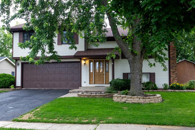 1840 Fulton Lane, Hanover Park, IL 60133 (MLS #09991133) :: Ani Real Estate