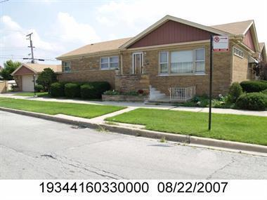 8501 S Kostner Avenue, Chicago, IL 60652 (MLS #09991364) :: Ani Real Estate