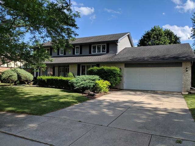 8321 Legend Lane, Orland Park, IL 60462 (MLS #09991411) :: Lewke Partners