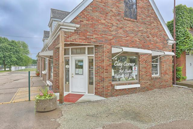 204 Pells Street, Paxton, IL 60957 (MLS #09991523) :: Ani Real Estate