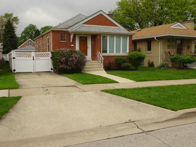 5306 S Moody Avenue, Chicago, IL 60638 (MLS #09991700) :: The Dena Furlow Team - Keller Williams Realty